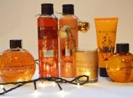 Colecția de Crăciun 2015 cu arome de portocală, scorțișoară și migdale de la Yves Rocher