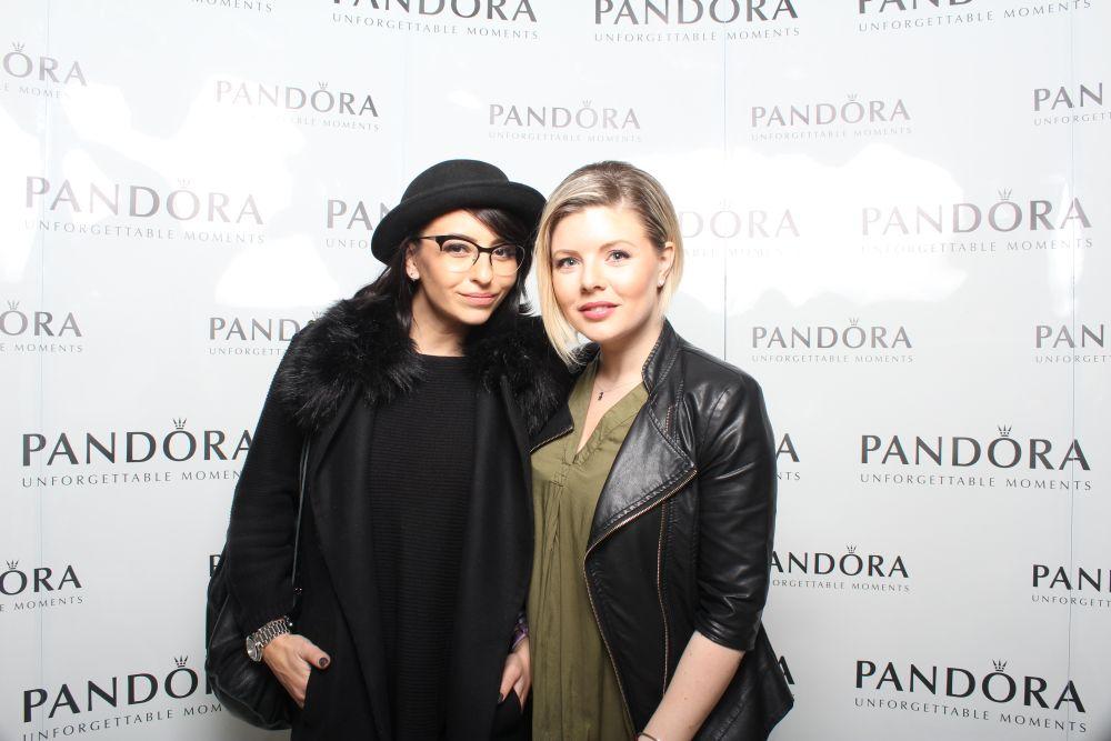 Giulia Anghelescu & Bianca Pena