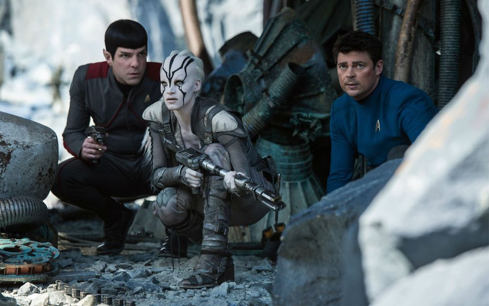 Star-Trek-Beyond-Fantasy-Movie-2016