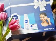 Pentru femei dragi, oferă îngrijirea NIVEA