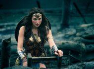 4 filme de vacanță: Wonder Woman, Baywatch, Pirații din Caraibe 5 și Gardienii Galaxiei 2